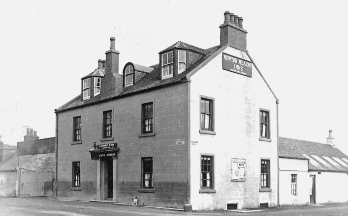 The Newton Inn, also known as Porter's Inn which stood at the Cross.