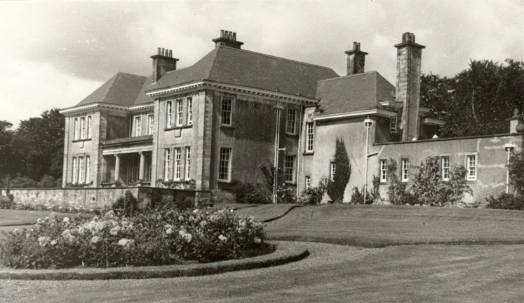 Barcapel House built in 1912 by Sir Thomas Clement was destroyed by fire in 1965.