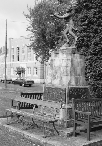 The statue of Peter Pan unveiled in July 1949 in memory of Dr Wilson.